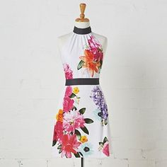 Cooking just got way cuter. Sewing Aprons, Kate Middleton, Dress Up, Two Piece Skirt Set, Classy, Fashion Outfits, Summer Dresses, Chic, My Style