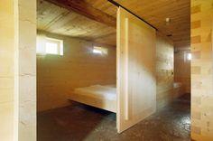 Umnutzung Stallscheune in Wohnbaute Construction, Architecture, Bunk Beds, Divider, Room, Furniture, Home Decor, Barn, Building
