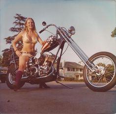 Motoblogn: Vintage Chopper Chicks Motorcycle Pin-Up Girls
