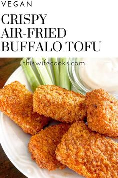 Crispy Air-Fried Buffalo Tofu - So easy and perfect for Game Day snacking or appetizer dinner! Air Fryer Recipes Vegan, Vegetarian Recipes, Healthy Recipes, Crowd Recipes, Vegetarian Barbecue, Barbecue Recipes, Vegetarian Cooking, Seitan, Tempeh