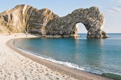 Durdle Door, Dorset. | 28 Incredibly Beautiful Places In The U.K. To Visit