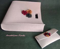 Felt Handbag & wallet- fashion, everyday use, pink strong, mother's day, gift for her, handmade, top handle, flowers, chic, lovely by AnatolianFinds on Etsy