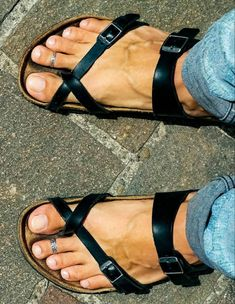 Male Feet, Young Adults, Birkenstock Mayari, Summer Sandals, Toe Rings, Unisex Fashion, Flip Flops, Guys, Amazon