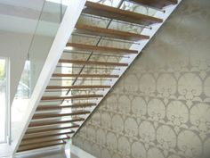 Open thread metal stairs