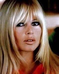 Brigette Bardot . My favorite bangs in the world                                                                                                                                                                                 Mais