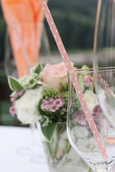 Kaffeetisch auf dem Riessersee-Floss - Mr & Mrs - kleine Hochzeit zu Zweit…
