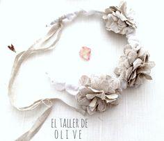 corona de flores de lino, guirnalda para niñas, diadema para el pelo. El taller de Olive Fabric garland for girls