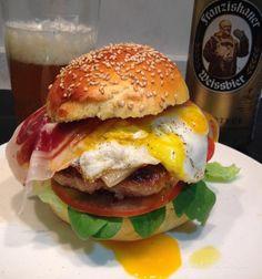 Sábado de #burger con #queso #idiazabal y paletilla #iberica...