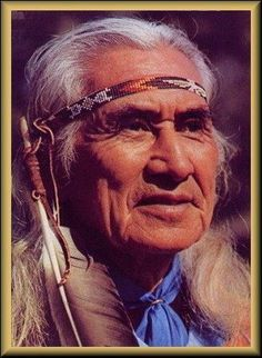 Famous Native American > Chief Dan George