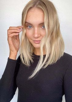 Awesome Blonde Lob Hairstyles You Must Show Off in Year 2020 | Voguetypes Bob Haircuts 2017, Best Bob Haircuts, Lob Hairstyles, Modern Bob Hairstyles, Blonde Lob, Best Bobs, Bob Cuts, Lob Haircut, Hair Looks