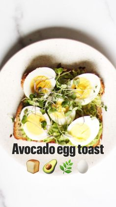 Avocado Toast Recipe One of my favourite recipes. Avocado egg toast recipe you'll want to eat every day. Toasted slice of Oroweat® Organic 22 Grains & Seeds bread, smashed avocado Get the recipe Avocado Toast, Ripe Avocado, Smashed Avocado, Healthy Snacks, Healthy Eating, Healthy Recipes, Dessert Healthy, Dinner Healthy, Hard Boiled Egg Recipes