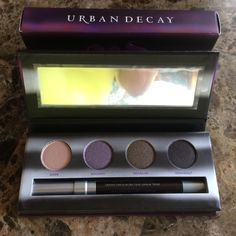 Urban decay urban vices eye pallete nwt ! Urban decay I palettes with the colors dope~ hoodoo~D railed~ & Smokeout. also comes with a glide on Liner in ~smoke out Urban Decay Makeup Eyeshadow