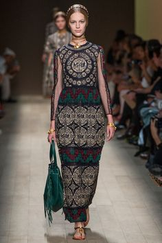 #Valentino #Spring/#Summer 2014 Collection@#ParisFashionWeek: La Mode by GV Miao's Top 5 Favorite Looks Look 4 Model: Vanessa Axente