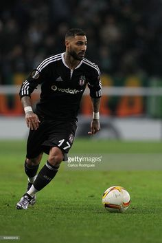 Besiktas's midfielder Quaresma during the match between Sporting CP and Besiktas JK for UEFA Europe League: Group Round on December 10, 2015 in Lisbon, Portugal.