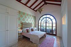 Beachside villa for rent in Marbella - Guadalmina