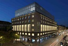 Armani Hotel Milano. The Washington Lobbyist.