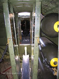 Bomb bay facing aft toward the radio compartment. Weathering on the equipment is an interesting point of narrative. Ww2 Aircraft, Military Aircraft, Aviation Theme, Aircraft Interiors, War Thunder, Air Festival, Ww2 Planes, Aircraft Design, Military History