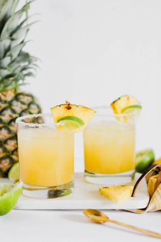 The perfect sweet and tangy cocktail. This pineapple margarita recipe is easy, classic, and bursting with flavor. Pinapple Margarita, Pineapple Cocktail, Pineapple Juice, Alcoholic Desserts, Drinks Alcohol Recipes, Punch Recipes, Alcoholic Shots, Fruity Drinks, Frozen Drinks