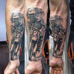 Mens Motocross Dirt Bike Tattoos auf Unterarm-