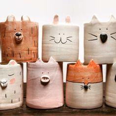Cerámica, ollas de animales, inspiración de cerámica / #animales #cerámica #inspiración #ollas Ceramics Projects, Clay Projects, Clay Crafts, Slab Pottery, Ceramic Pottery, Pottery Art, Pottery Painting, Ceramic Clay, Ceramic Planters