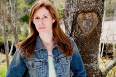 Bestselling and award-winning author Laurie Halse Anderson will come to McLean & Eakin in Petoskey on Tuesday, January 14, 2014 from 6:00 pm to 7:00 pm.