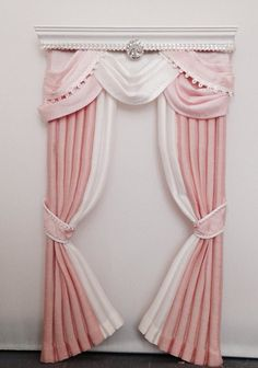 Dollhouse Miniature 1/12 scale Handcrafted Curtain, Drape, Valance - Wootens Miniatures