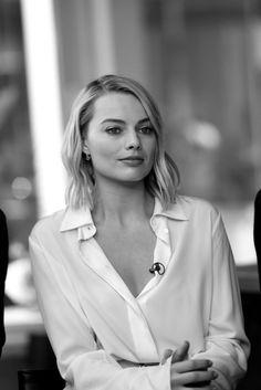 My Beautiful Margot ❤️ Margot Elise Robbie, Actress Margot Robbie, Margot Robbie Harley Quinn, Blonde Makeup, Gal Gadot, Beautiful Actresses, Girl Crushes, Actors & Actresses, Sexy