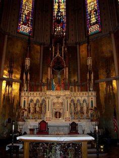 High altar, Sainte Anne de Detroit