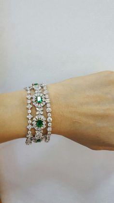 Best Diamond Bracelets : Emerald, Diamond and Yellow Gold Bangle Bracelets - Armband İdeas Gold Bangle Bracelet, Diamond Bracelets, Gold Bangles, Emerald Jewelry, Silver Jewelry, Best Diamond, Emerald Diamond, Stylish Jewelry, Fine Jewelry