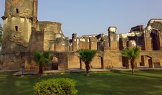 The British Residency of Lucknow is a famous historical landmark of this place. It is located in the heart of city. The construction took place between 1780 to 1800 AD and served as the residence for the British Resident General who was a representative in the court of the Nawab.