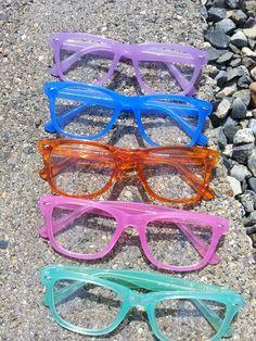 Pretty colored glasses Glasses, Pretty, Color, Fashion, Eyewear, Moda, Eyeglasses, Fashion Styles, Colour