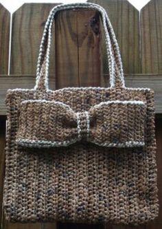 everyday_plarn_handbag.jpg