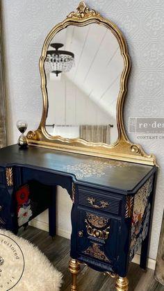 Decoupage Furniture, Funky Furniture, Refurbished Furniture, Paint Furniture, Repurposed Furniture, Shabby Chic Furniture, Furniture Projects, Furniture Makeover, Vintage Furniture