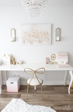 00 Blush And Gold Glam Office Reveal Blush and gold office with feminine and elegant glam touches. Mixing vintage and contemporary styles for a beautiful transitional design. Home Office Space, Home Office Design, Home Office Decor, Design Desk, Office Ideas, Office Inspo, Office Designs, Small Office, Cabinet Design