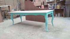 Mesa vintage para uso de pintarrones