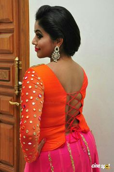 Shamna Kasim, also known by the stage name Poorna, is an Indian film actress and model. Indian Bikini Models, Kareena Kapoor Bikini, Kajal Agarwal Saree, Most Beautiful Indian Actress, Glamour, Beautiful Saree, Beautiful Women, Indian Girls, Actress Photos