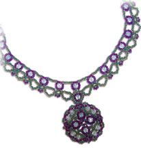 Medallion Drop Necklace Pattern at Sova-Enterprises.com Lots of Free Bead Patterns and Tutorials are available!