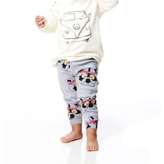RICHIE RACOON LEGGINGS GREY, minilo.ch Gardner And The Gang, Kids Outfits, Cool Outfits, Girls Jumpers, Kids House, Organic Cotton, Capri Pants, Girls Dresses, Trousers