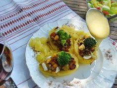 Zöldségekkel töltött krumpli, sajtmártással - Gyors és finom receptek Breakfast, Drinks, Food, Morning Coffee, Drinking, Beverages, Meal, Essen, Drink