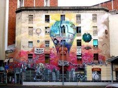 graffiti kunst barcelona spanien heißluftballon politisch
