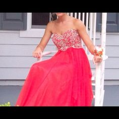 ***Sherri Hill formal dress!!*** Bright orange beaded formal dress. In perfect condition. Chiffon flowy bottom. Loved this dress! Sherri Hill Dresses