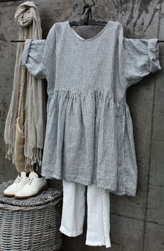 Discover thousands of images about Linen Dress MegbyDesign Linen Dresses, Casual Dresses, Boho Fashion, Fashion Outfits, Mode Boho, Inspiration Mode, New Shape, Casual Tops For Women, Striped Dress