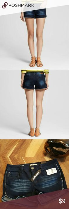 Women's Low Rise Shorts Dollhouse Low Rise Short with Grey Piping Medium Wash.  Very stylish and versatile! Dollhouse Shorts Jean Shorts