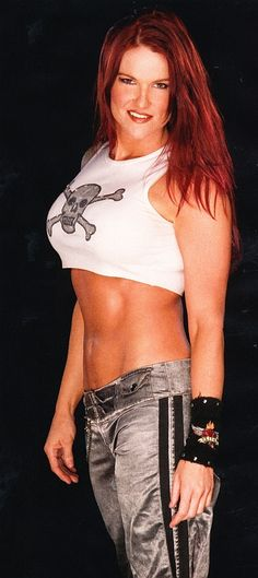 Lita of WWE.look at that body. she naughty naughty, just letting it all hang out! Wrestling Superstars, Wrestling Divas, Women's Wrestling, Nxt Divas, Wwe Total Divas, Wwe Lita, Wwe Female Wrestlers, Wwe Girls, Wwe Womens