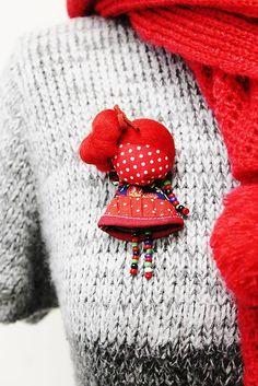 maramanufaktura / brošňa mini MARA ovocná /červená /