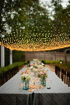 Isn't this fairy lights roof just insanely gorgeous #Frugal2Fab