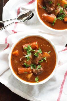 Gluten-Free Slow Cooker Beef Stew | www.grainchanger.com