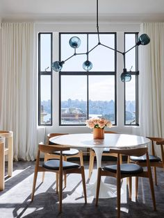 Dining room | Astor Apartment by Madeleine Blanchfield | est living