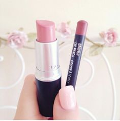Learn about these dark lipsticks Advert# 1816 Creme Cup Mac Lipstick, Dark Lipstick, Peach Lipstick, Mac Makeup, Makeup Lipstick, Beauty Makeup, Hair Beauty, Piercings, My Makeup Collection