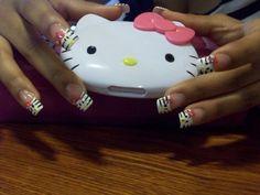 Hello Kitty - Nail Art Gallery